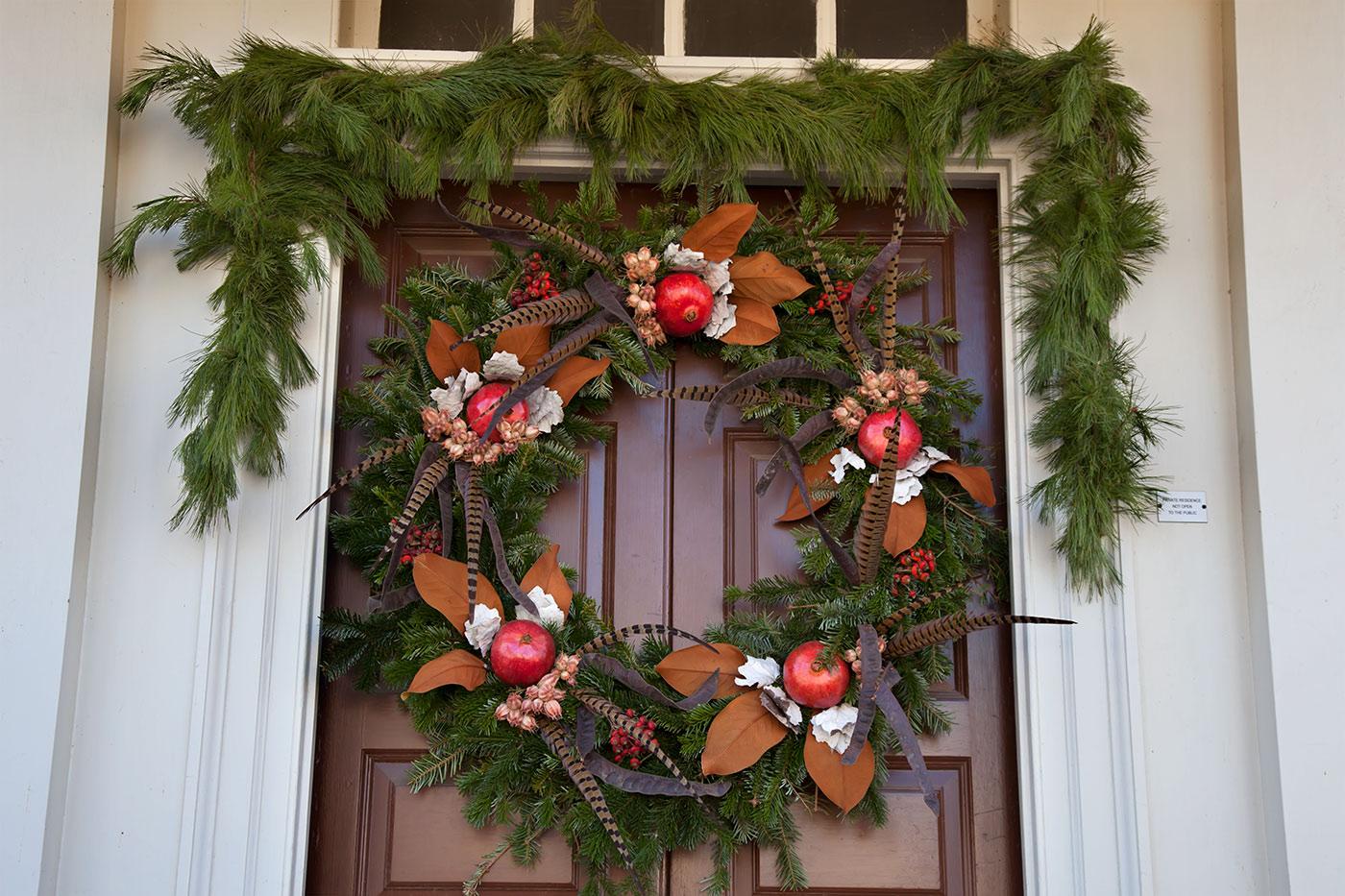 Colonial Williamsburg Christmas.Colonial Williamsburg Holiday Wreaths Janice Hathaway